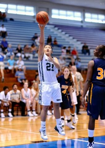 UH Rainbow Wahine basketball player Keisha Kanekoa is the WAC player of the week.