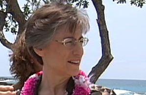 Governor Lingle visits Kekaha Kai State Park