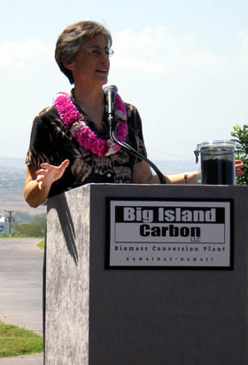 Gov. Linda Lingle speaks at the ground breaking ceremony Thursday, April 23 of Big Island Carbon in Kawaihae.