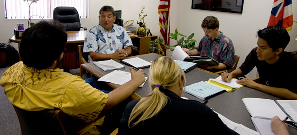 Hawaii County mayor Billy Kenoi presents his revised budget to the media.
