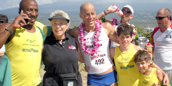 Ann Heaslett takes 35 minutes off women's run record; Giorgio Alessi earns Honu Award, but he has a very good excuse for coming in absolutely last