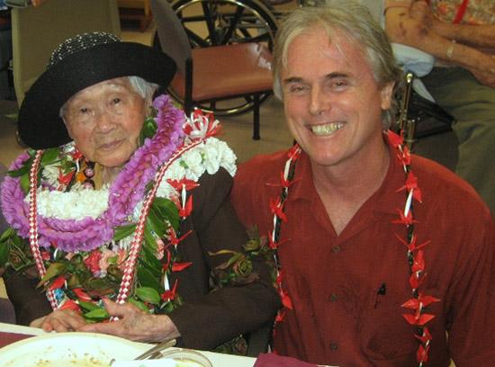 Hale Hoola Hamakua resident celebrates 100th