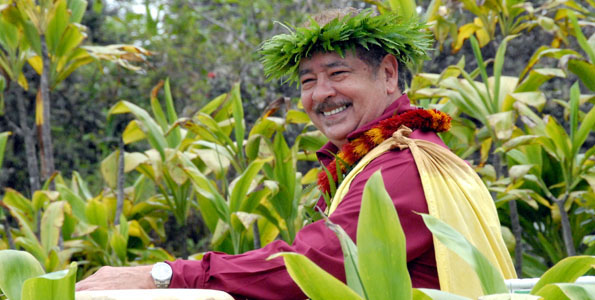 Less than 24 hours after the death of Dottie Thompson, the Big Island lost yet another hula standout in kumu hula Rae Kahiki Fonseca, aka Ray Fonseca. He was 56.