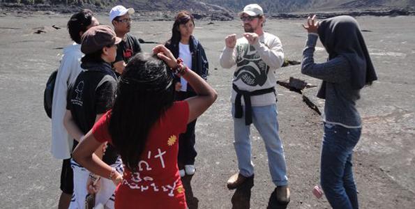 Environmental scholars from Asia study island sustainability