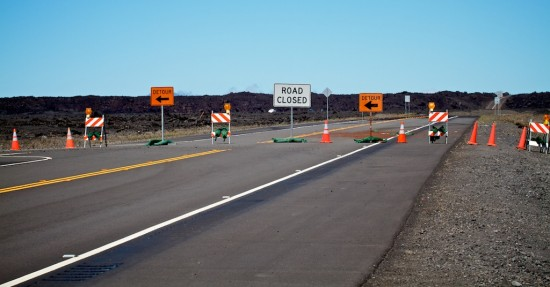 Traffic is detoured to the old section of Saddle Road on the Hilo side as fire crews battle a weeklong brushfire on the slopes of Mauna Kea. Photography by Baron Sekiya   Hawaii 24/7.
