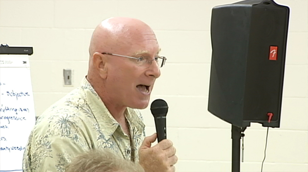 A community meeting was held Tuesday (Aug 31) at the Pahoa Community Center to discuss the ongoing mangrove eradication project in East Hawaii.