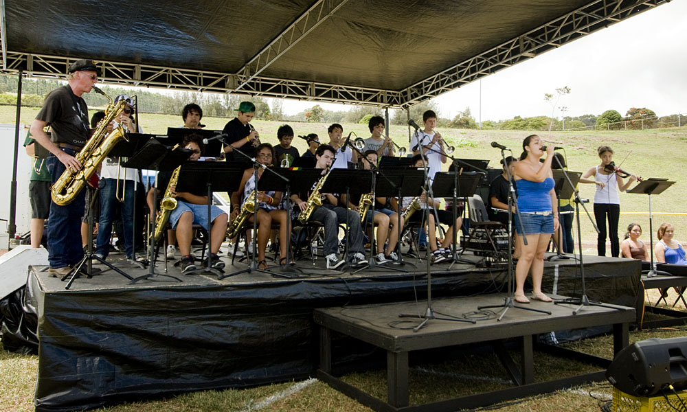"""In honor of National Jazz Month, the 32-member Honoka'a Jazz Band from the Big Island has scheduled a """"Big City Tour"""" of Oahu from April 14-17."""