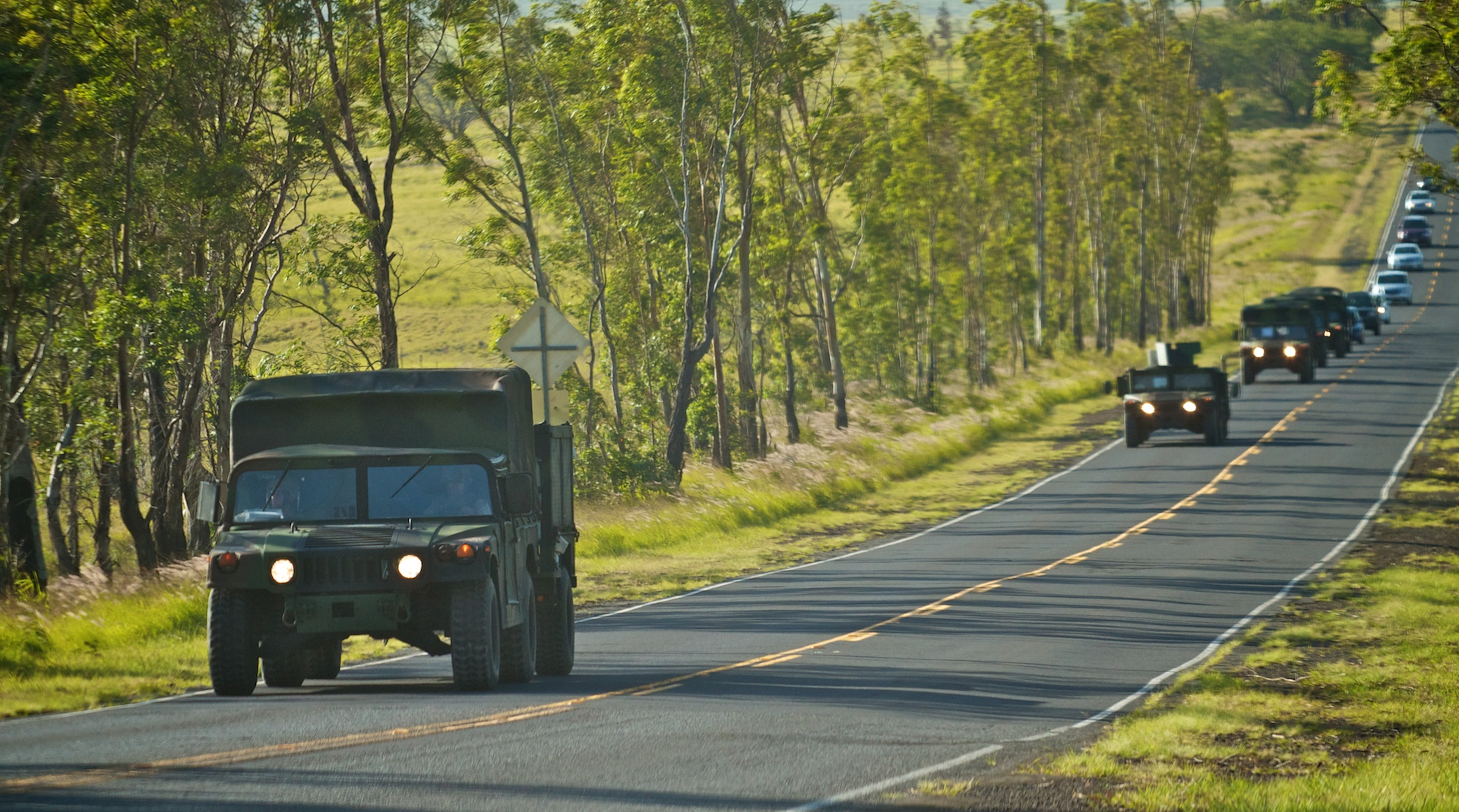 Oahu-based military units will convoy from Kawaihae Harbor to Pohakuloa Training Area May 29 between 8 a.m. and 4 p.m., via Akoni Pule-Queen Kaahumanu corridor, Waikoloa Road, Mamalahoa Highway, and Saddle Road.