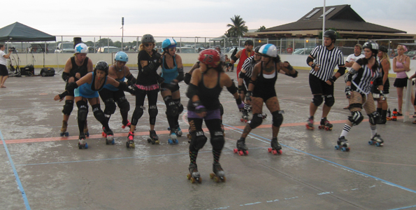 Tsunami Slammers split into 'Black and Blue' for Kona roller derby scrimmage