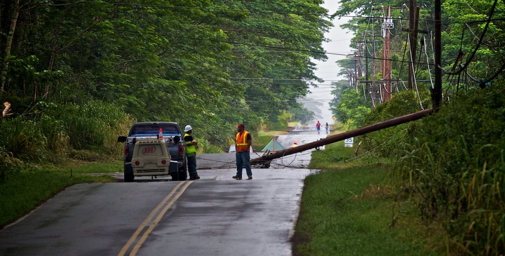 According to reports at about 1 a.m. Saturday (July 2) a large tree fell across utility lines on Paradise Drive between 17th and 18th Avenues snapping a utility pole and bringing down power lines.