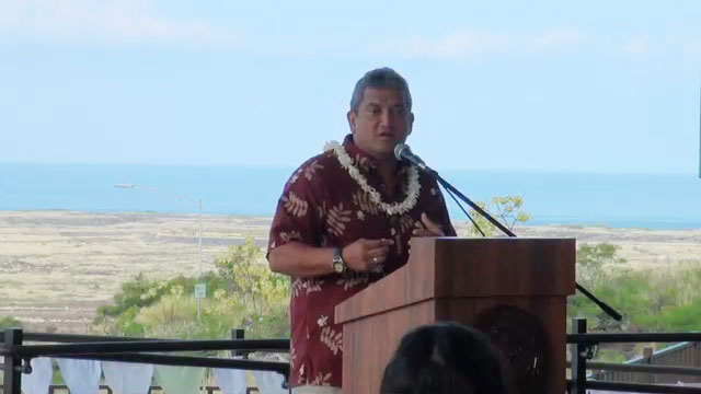 """Mayor Billy Kenoi helped turn a spotlight on Fetal Alcohol Syndrome during a presentation Friday at West Hawaii Civic Center.  International Fetal Alcohol Syndrome Awareness Day is worldwide movement to raise awareness about the largest known, entirely preventable, cause of mental retardation and developmental disabilities.   """"If we can get to our mothers before the last trimester, we can prevent fetal alcohol syndrome,"""" Kenoi said in his opening message."""