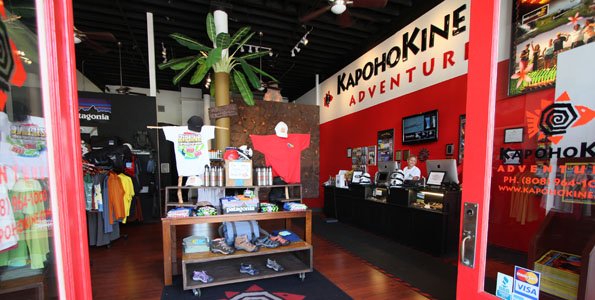 Fire/rescue responded to a 9:39 a.m. alarm Wednesday (Sept 21) to the Kapohokine Adventures zipline attraction in the Paukaa mauka area for an accident involving two men. The men were contract workers testing the zipline when it collapsed.