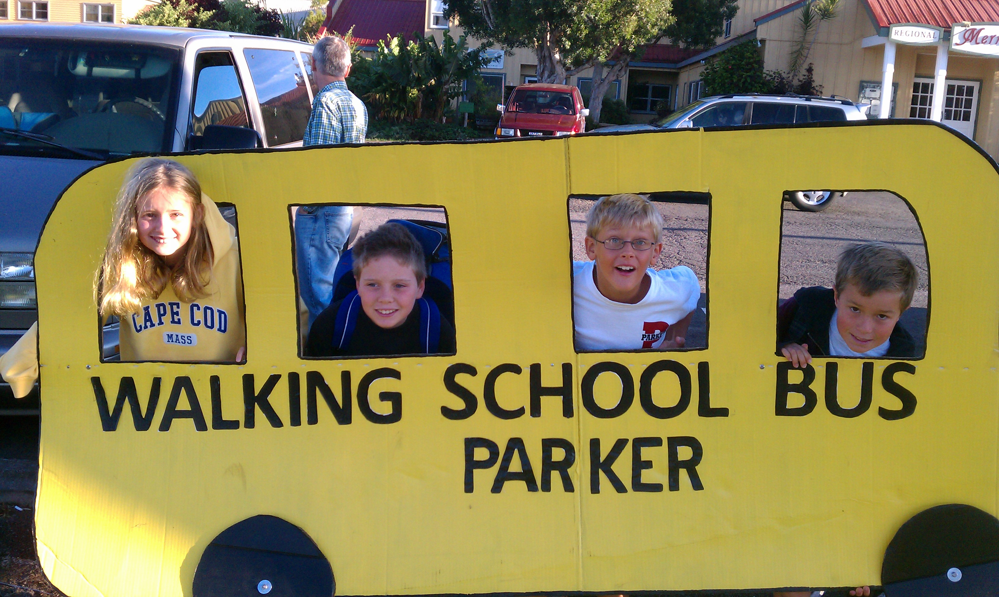 It was Healthy Routes to School Week in October for Parker Lower School. The event was launched by the school's Safe Routes to School program, which encourages families to try alternatives to driving to and from school throughout the school year.