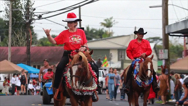 The annual Pahoa holiday parade marched through Pahoa town Saturday morning (Dec 3) attracting crowds of participants and onlookers. Festivities continued at Pahoa High School where a Hoolaulea was held.