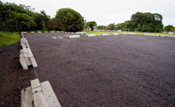 The upper parking lot at Hilo's Gilbert Carvalho Park. Photography by Baron Sekiya | Hawaii 24/7