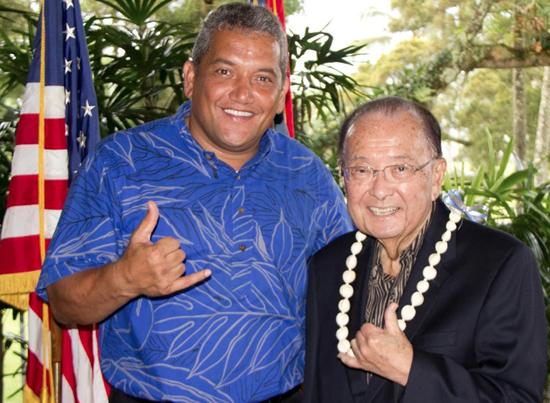 Inouye makes several Big Isle stops