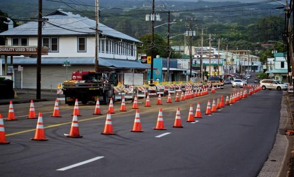Kilauea Avenue road work on Saturday (Jan 12). Photography by Baron Sekiya | Hawaii 24/7