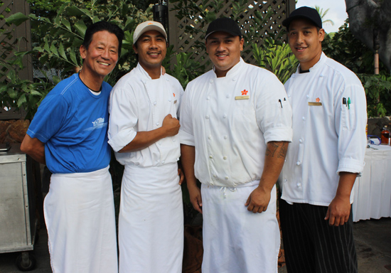 Chef Peter Pahk and his crew (Hawaii 24/7 photo by Karin Stanton)