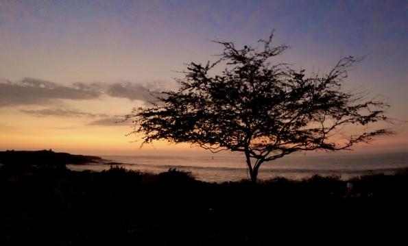 The evening falling upon Kona after sunset. Photography by Baron Sekiya | Hawaii 24/7