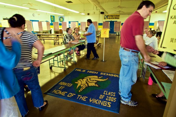 Voters at Hilo High School Cafeteria Tuesday (Nov 4) to cast their ballots in the General Election. Things appeared to be going smoothly in the early morning opening hour. Photography by Baron Sekiya   Hawaii 24/7
