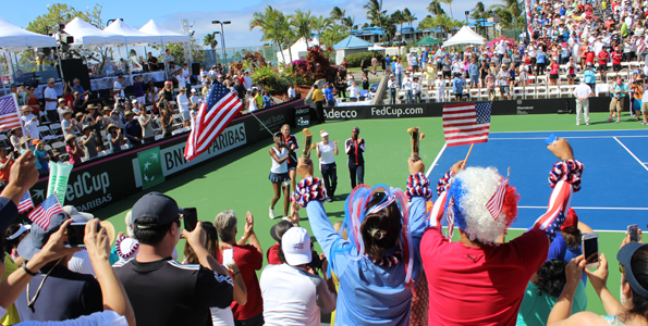 Venus Williams and teammates on a victory lap after defeating Poland in their Fed Cup tie. (Hawaii 24/7 photo by Karin Stanton)