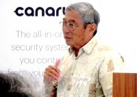 Mayor Kim thanks State Farm for donating 500 home security systems to Hawaii County firefighters. Courtesy Photo.