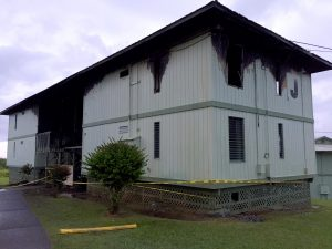 Building 'J' at Kauhale Olu Apartments in Pepeekeo suffered damage due to a fire on the upper floor Sunday, September 10, 2017. Hawaii 24/7 Photo