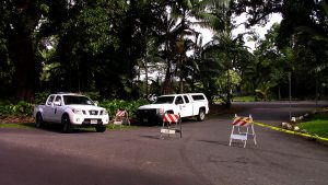 Rainbow Falls Park was closed to visitors as crews spent a second day searching for a missing swimmer Saturday (March 31). Photography by Baron Sekiya | Hawaii 24/7