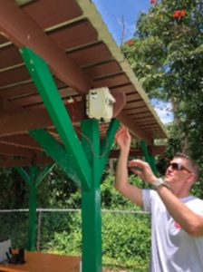 An EPA employee installs a sulfur dioxide (SO<sub><p id=