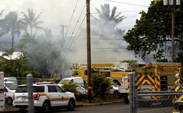 Structure Fire at 545 Ocean View Drive Friday, September 20, 2019. Hawaii 24/7 Photo by Baron Sekiya